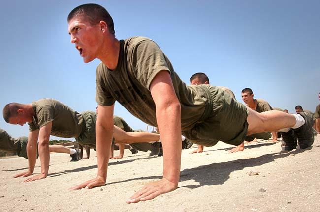 soldater_som_tränar